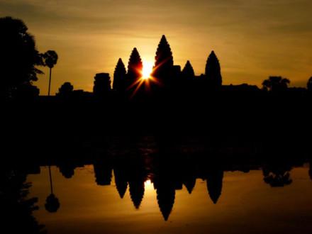 angkor-wat-sun-set