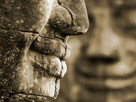 smile-of-angkor-thom