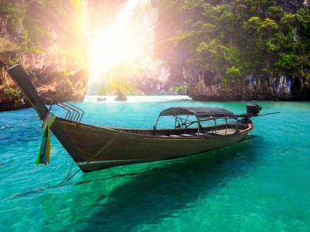 ThailandPhuket_144057472